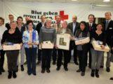 Brühl ehrt Blutspender: Petra Kirner und Rolf Trautmann spendeten schon 100 Mal