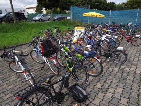 Was bei einer Fahrradtour im Herbst auf keinen Fall fehlen sollte